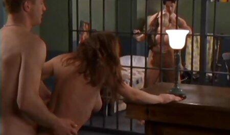 हॉट निपल्स, पिछवाड़े ब्लू मूवी सेक्सी पिक्चर में खेलने के लिए प्यार