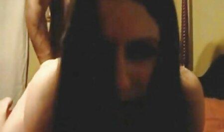 ब्राइट बीएफ सेक्सी पिक्चर फुल मूवी एक मुकुट, एक बड़ी लड़की का नेतृत्व किया