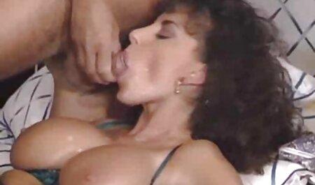 पुरुषों के दो सेक्स पिक्चर फुल मूवी सुंदरियों के साथ एक नंगा नाच था