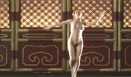 उसके हाथ के साथ सेक्सी पिक्चर मूवी व्यस्त महिलाओं,