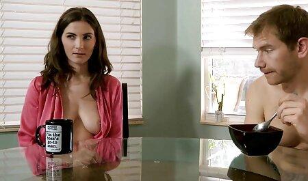 दो महिलाओं को सेक्सी पिक्चर मूवी हिंदी में एक साथ प्यार बिल्कुल मजेदार बना रही है ।