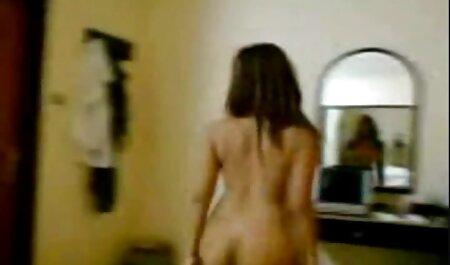 लॉकर कमरे में परिपक्व मूवी सेक्सी पिक्चर युवा