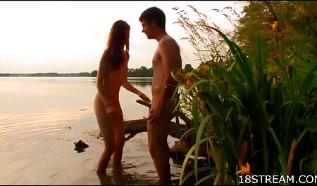 प्यारा वर्षा पुरुषों सेक्सी इंग्लिश मूवी सेक्सी इंग्लिश मूवी छेद में मुड़