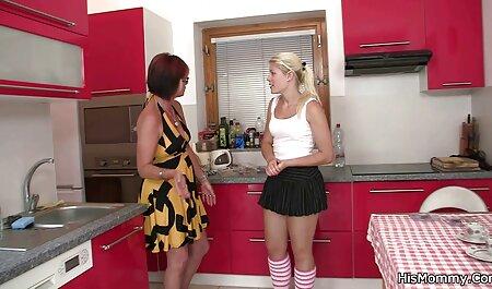मैं दो सुंदर लड़कियों के लिए देख इंग्लिश मूवी सेक्सी पिक्चर रहा हूँ