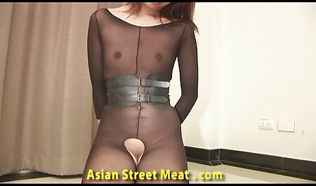 आदमी एशियाई मूवी सेक्सी पिक्चर में मुर्गा डाल