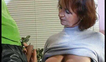 सुनहरे बालों वाली माँ एक बैनर इंग्लिश सेक्सी पिक्चर फुल मूवी प्यार हार्ड में बैठे थे